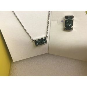 Kendra Scott Emerald Green Necklace Earrings NEW